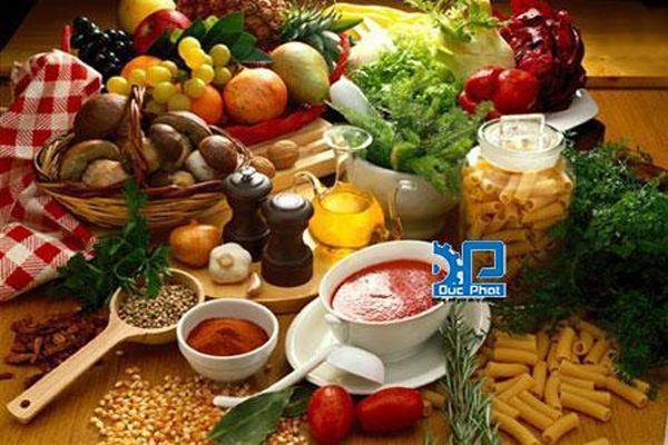 Hướng dẫn bảo quản thực phẩm vào mùa hè