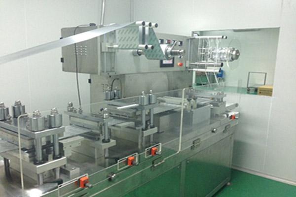 Máy ép vỉ thuốc mang đến những đặc điểm nổi bật cho các nhà sản xuất